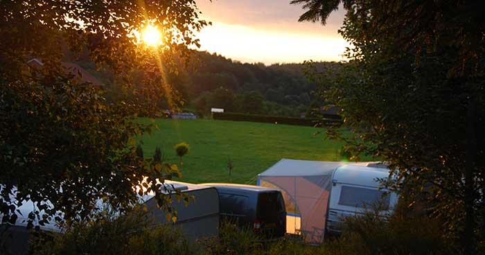 camping-ondergaande-zon